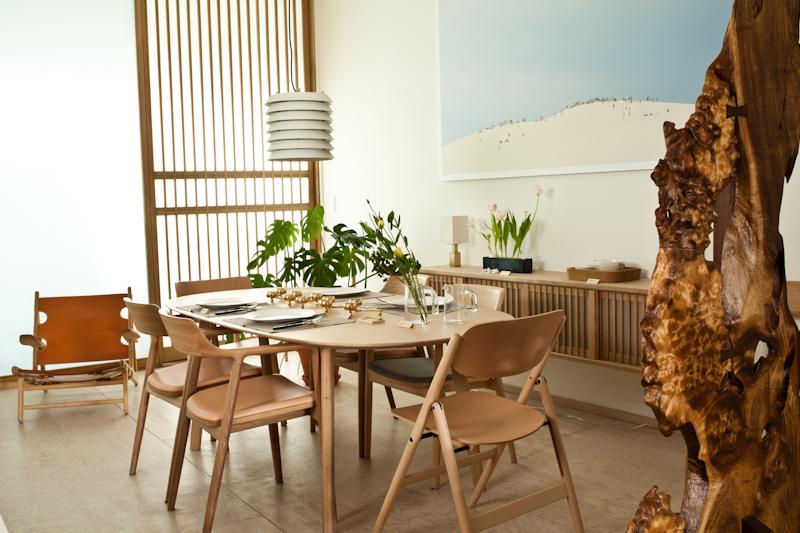 Ứng dụng tuyệt vời của chiếc ghế uốn cong gỗ plywood