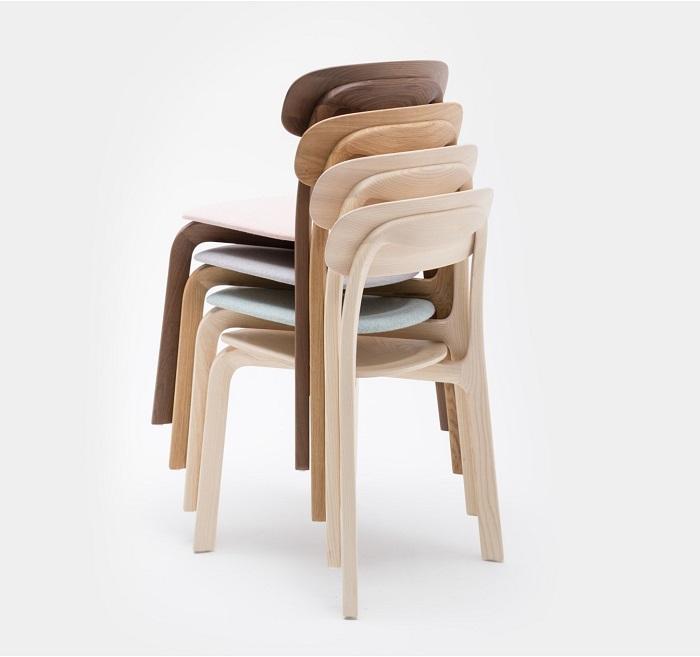 Mẫu ghế uốn cong được thiết kế với kiểu dáng đơn giản mà đẹp thanh lịch, trang nhã